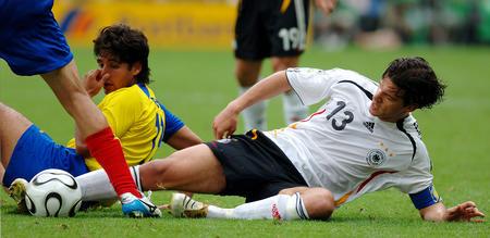 图文:厄瓜多尔0-3德国 巴拉克的丫丫好臭