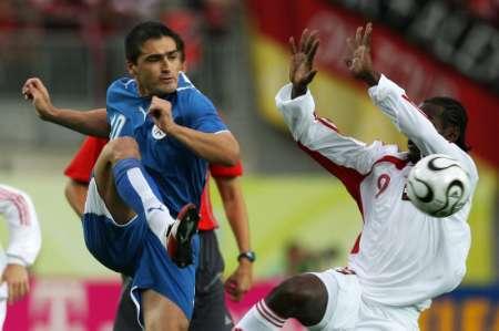 图文:巴拉圭VS特立尼达 我也来当当门将