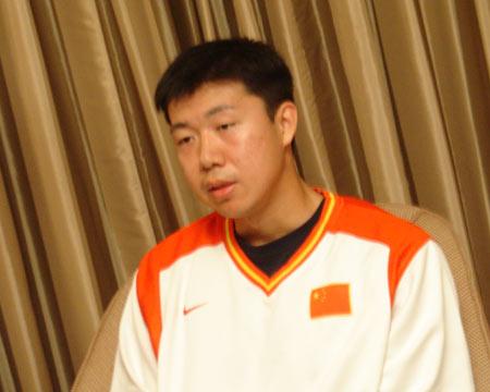王治郅:更希望热火夺冠 韦德成功源自刻苦训练