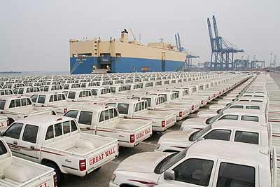 1560辆长城汽车依次驶入海湾及中东