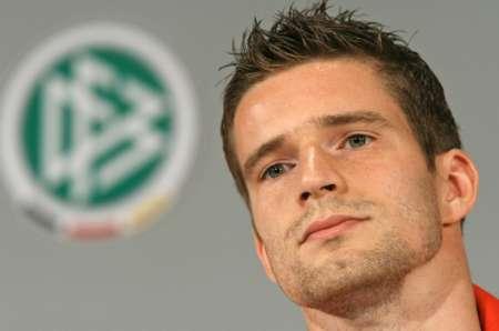 德国完胜厄瓜多尔 后卫弗雷德里希接受采访