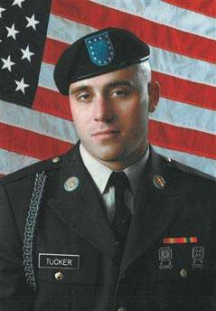 伊拉克武装组织发表声明 扎卡维后任斩杀两美兵