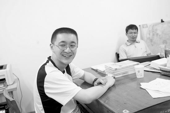 浙江:浙江高考文科状元陈雄超 06高考678分