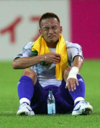 组图:日本1-4巴西 日本队员赛后很失落