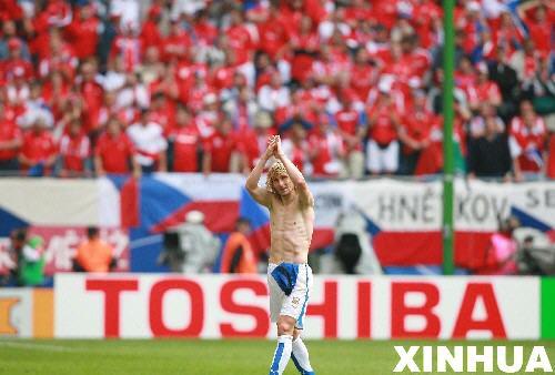 图文:捷克0-2意大利 内德维德挥手告别世界杯