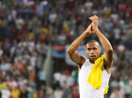 图文:多哥0-2法国 亨利感谢法国球迷