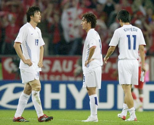 图文:瑞士2-0韩国 希望破灭韩国梦断世界杯