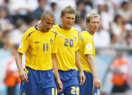 图文:德国2-0瑞典 失落当中的拉尔森