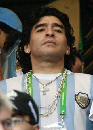 图文:阿根廷VS墨西哥 马拉多纳静观其变
