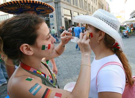 图文:阿根廷2-1墨西哥 广大球迷的最爱