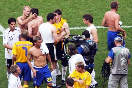 直击:德瑞君子之争淡如水 世界杯教人理解足球