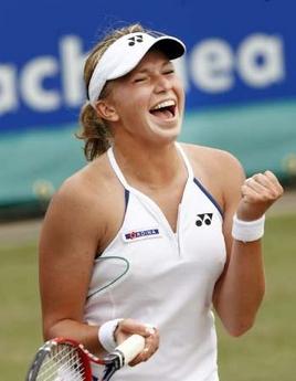 荷兰赛-荷兰少女胜萨芬娜 获个人第3个单打冠军