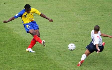 组图:英格兰VS厄瓜多尔 特诺里奥拔脚怒射