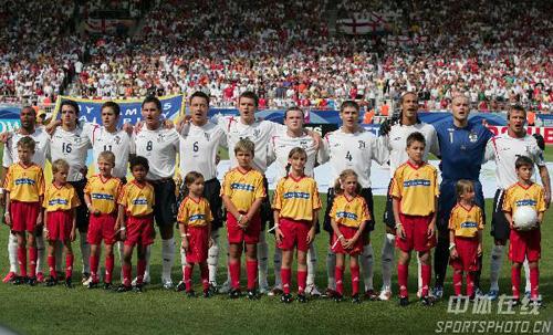 图文:英格兰1-0厄瓜多尔 英格兰队首发阵容