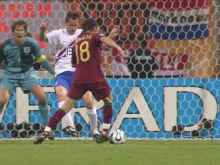 幻灯:葡萄牙VS荷兰首个进球 马尼切劲射破门