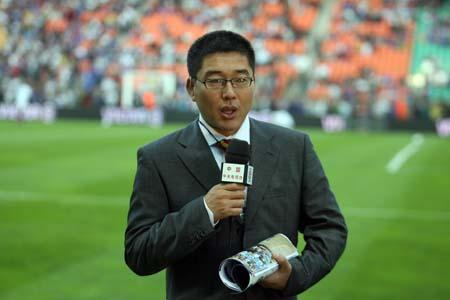 刘建宏:场上球员鬼迷心窍 怎能一味苛求主裁判