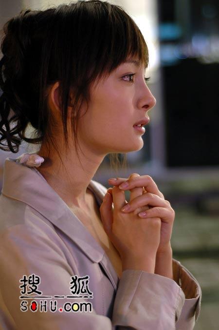 """银幕处女作《门》杀青 杨幂""""不舍""""陈坤(图)"""