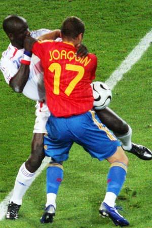 图文:西班牙1-3法国 西班牙探戈