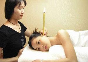 组图:女子全裸美容全过程-搜狐新闻