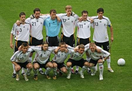 图文:德国VS阿根廷 德国队首发阵容