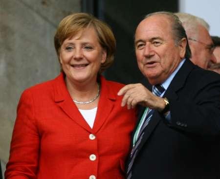 图文:德国VS阿根廷 德国总理到场观战
