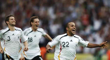 图文:德国5-3胜阿根廷 奥登科尔庆祝胜利