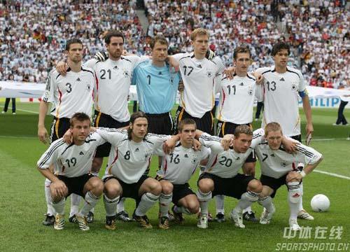 图文:德国5-3阿根廷 德阿大战德国队首发阵容