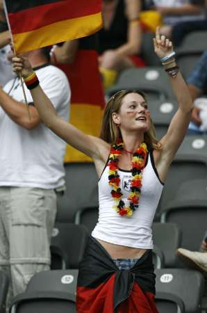 组图:德国5-3阿根廷 德国球迷欢呼胜利