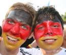 组图:德国5-3阿根廷 德国球迷游行欢庆胜利