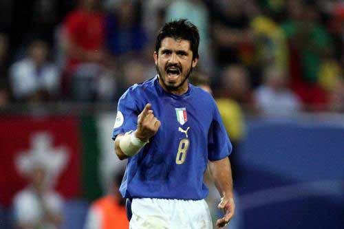 图文:意大利3-0乌克兰 加图索庆祝晋级