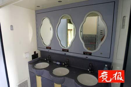北京至拉萨列车采用两套供氧系统 车窗自动调压