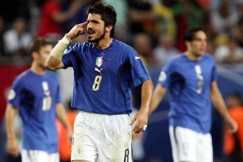 图文:意大利3-0乌克兰 意大利队员兴奋不已