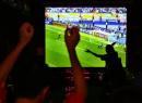 图文:德国5-3阿根廷 球迷在酒吧庆祝德国队