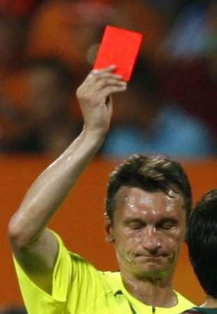 国际足联28日公布裁判名单 最后八场名单出炉