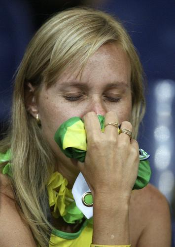 组图:巴西0-1法国 巴西球迷难以接受结局