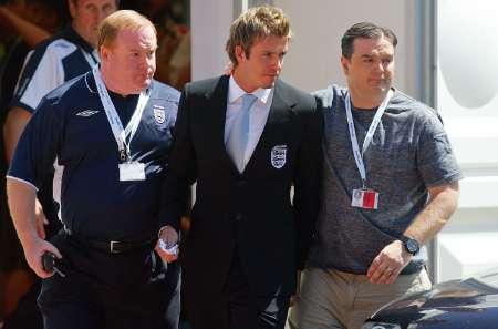 组图:英格兰被淘汰 贝克汉姆出席新闻发布会