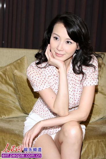 萧蔷新加坡扮演拉丁舞娘 和记者聚餐不慎露底