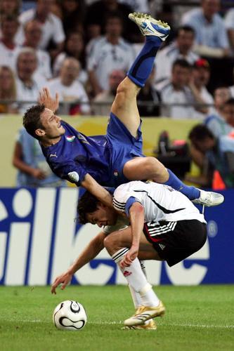 7月4日最佳图片:意大利2-0德国精彩比赛