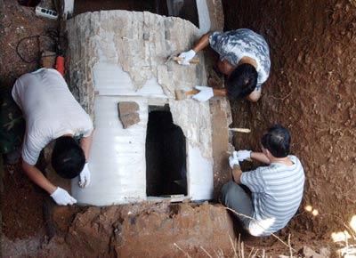 江西德安现北宋宰相古墓 专家修复彩绘壁画(图)