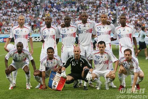 06世界杯德国大名单_求一份法国队2006年世界杯的参赛名单,带有号码的-