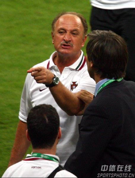 图文:葡萄牙0-1法国 斯科拉里赛后理论