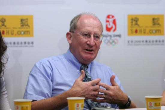 英国谢菲尔德哈勒姆大学国际战略与发展主管,天体物理学家约翰•帕金森教授