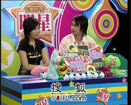 纪敏佳:我不看超女 更不知道许飞是谁(组图)