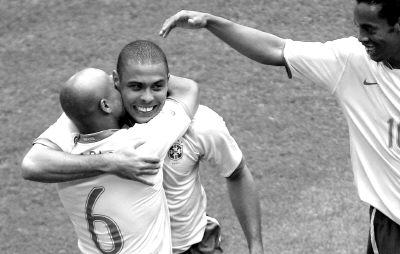 组图:2006德国世界杯上的光头阵容