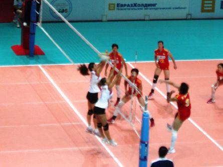 俄总统杯中国女排首战赢开门红 3比1拿下土耳其