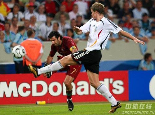 图文:德国3-1葡萄牙 菲戈助攻进球精彩瞬间