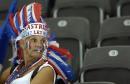 图文:意大利6-4法国 失意的法国球迷失意的心
