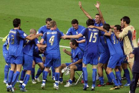组图:搜狐直击意大利世界杯夺冠 蓝军获胜前后
