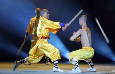 《寺院内外》少林十八般武艺让人目不暇接(图)