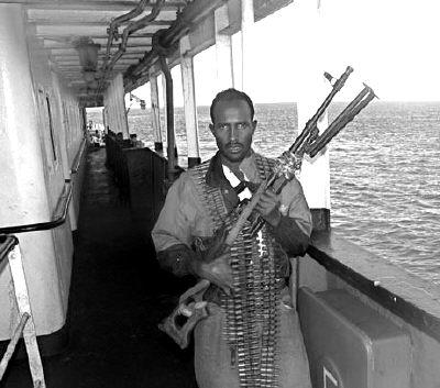 海报 现代/正在热映的《加勒比海盗2》海报